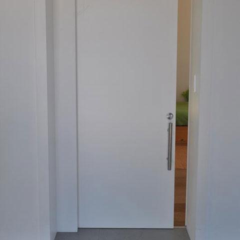 דלת הזזה פנימית