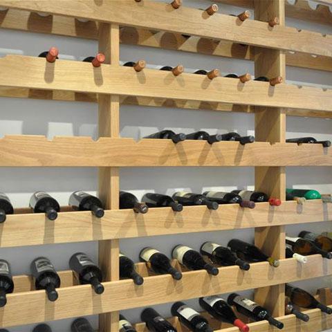 מדף לבקבוקי יין