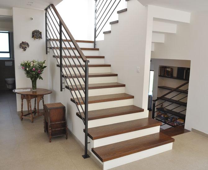 מעקות ומדרגות 2