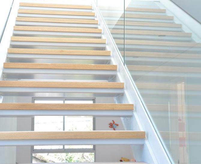 מעקות ומדרגות 3
