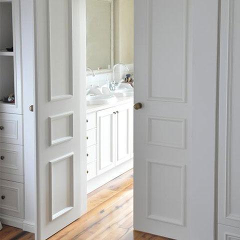 דלת לחדר אמבט